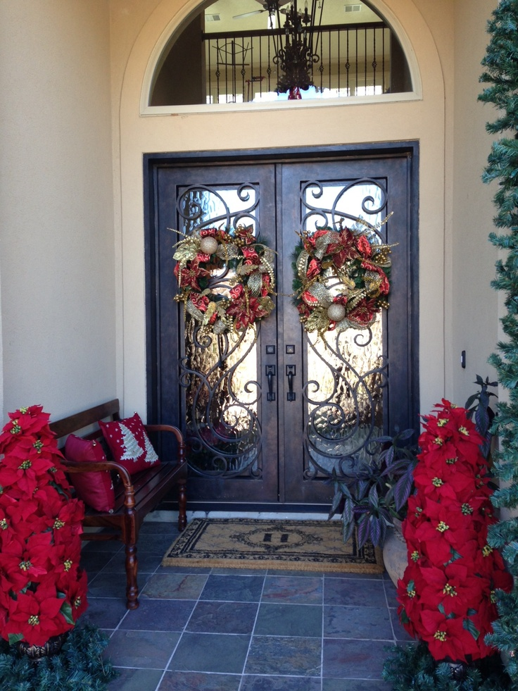 Double door christmas wreath one day pinterest for Home decor 77070