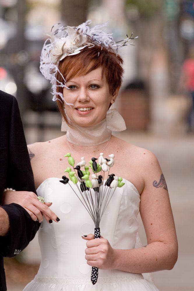 Wedding fascinators for short-haired brides