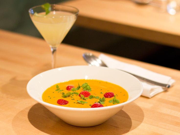 Chilled Heirloom Tomato Soup Recipe | New York - DailyCandy | e a t ...