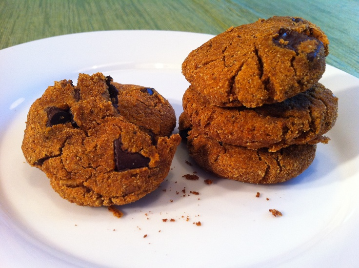 Paleo Pumpkin Chocolate Chunk Cookies | Recipes I want to try | Pinte ...