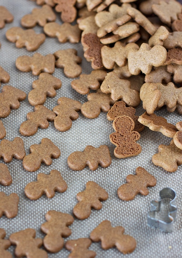 gluten-free gingerbread...I need that little tiny gingerbread man ...