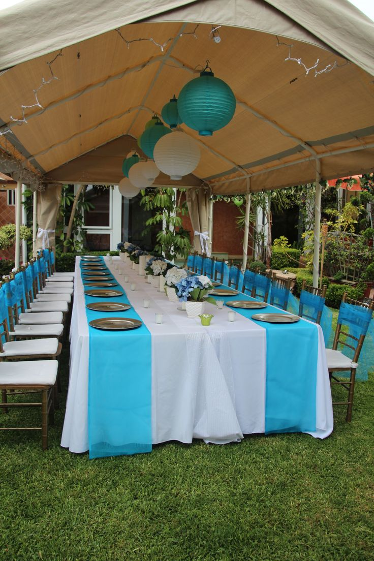 Centerpieces For Outdoor Graduation Party : Outdoor party decor  Graduation Party  Pinterest