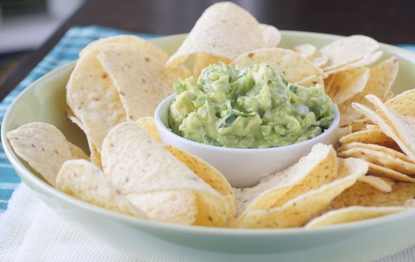 Classic Guacamole - to put on meat (beef, chicken) or with fish tacos ...