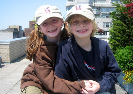 Article: Growing a family - A parents' guide to helping siblings bond
