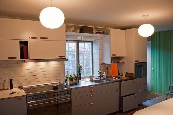 Beslag Kok Ikea : vitt kok ikea  ekbonkskiva,vitt kakel med fasade kanter,ikea kok