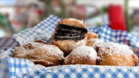 """... fried Nutter Butters I had yesterday (OMFG SO GOOD) """"Deep Fried OREOS"""