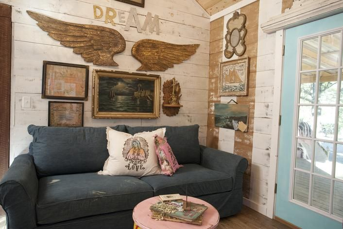 junk gypsies fairytale living room on hgtv reruns now on great