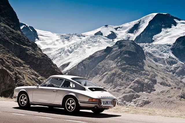Porsche 911 / photo by Suggs