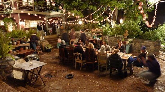 I want an outdoor dinner table with lighting JUST like NBC's Parenthood!
