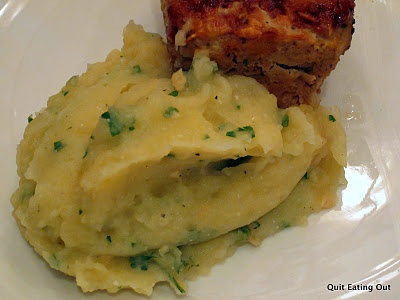 Skinny Garlic Mashed Potatoes: 4 points for 3/4 cup.