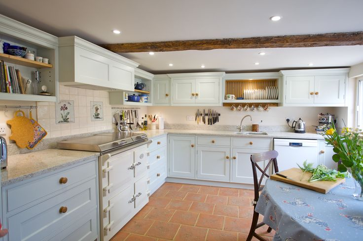 Country Cottage Kitchen By Baker Baker Beautiful Kitchens Pinte