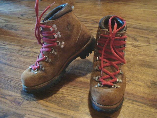 Awesome  Leather Hiking Boots With Red Amp Black Laces  Men39s 55 Women39