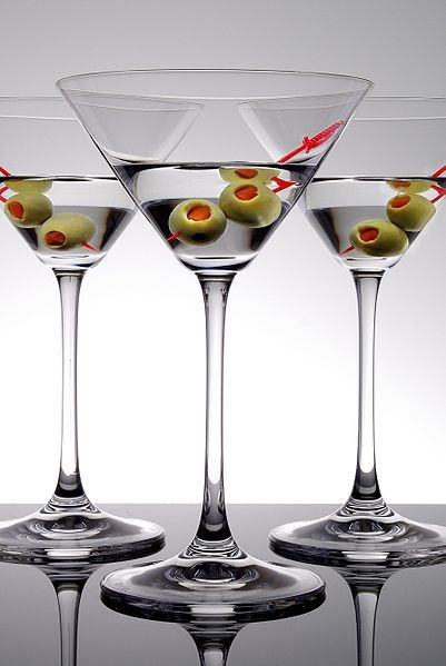 The classic martini | Great Gatsby Style | Pinterest