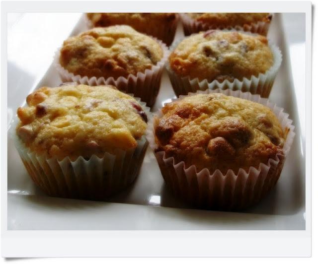 Cranberry orange white chocolate muffins | Quick breads | Pinterest