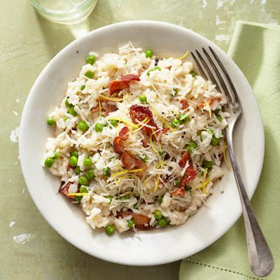 Easy Bacon and Pea Risotto. Thirty-five minutes is all you need to ...