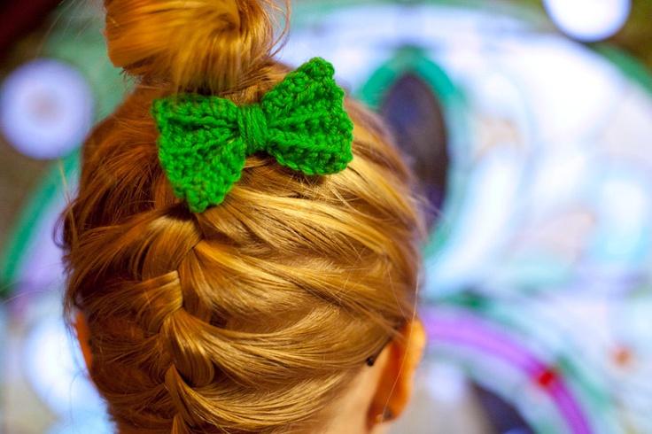 Crochet Green Hair : crochet, green, stand alone, bobbie pin, hair bow. $6.00, via Etsy.