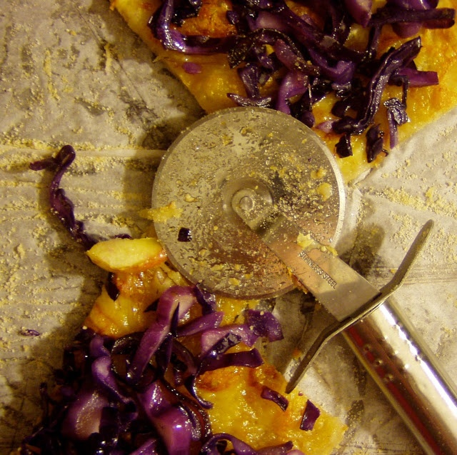 Easy Peasy Organic | Purple Pizza Eater | Vegetarian Tendencies | Pin ...