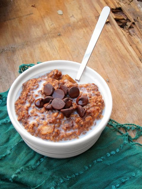 Salted Chocolate Pear Oatmeal | My Food - In A Bowl (lots of oatmeal ...