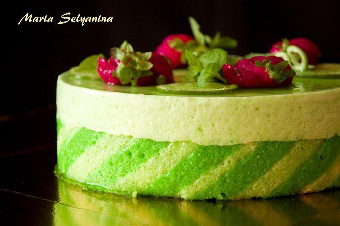 Клубничный мохито муссовый торт