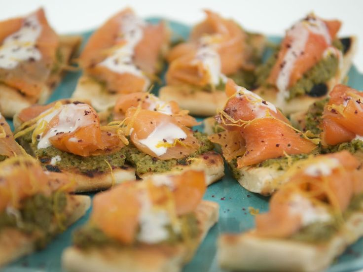 Smoked salmon canape with green olive grapefruit tapenade for Smoked salmon canape
