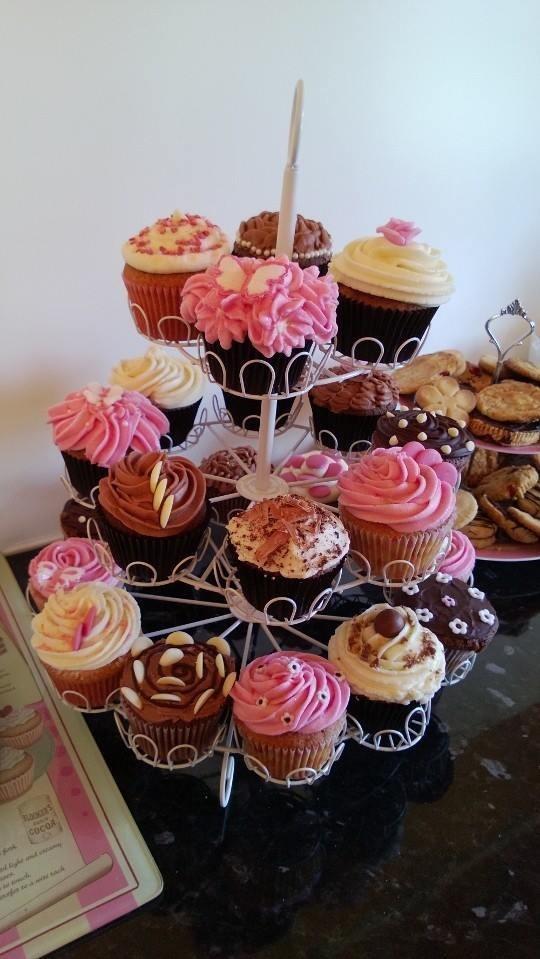 Cake Design Cupcake And Bakery Bari : Cupcakes White Cherry Bakery Cake Designs Pinterest