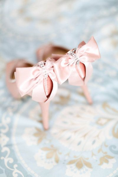 elegance, pink bow shoes. never go out of style.