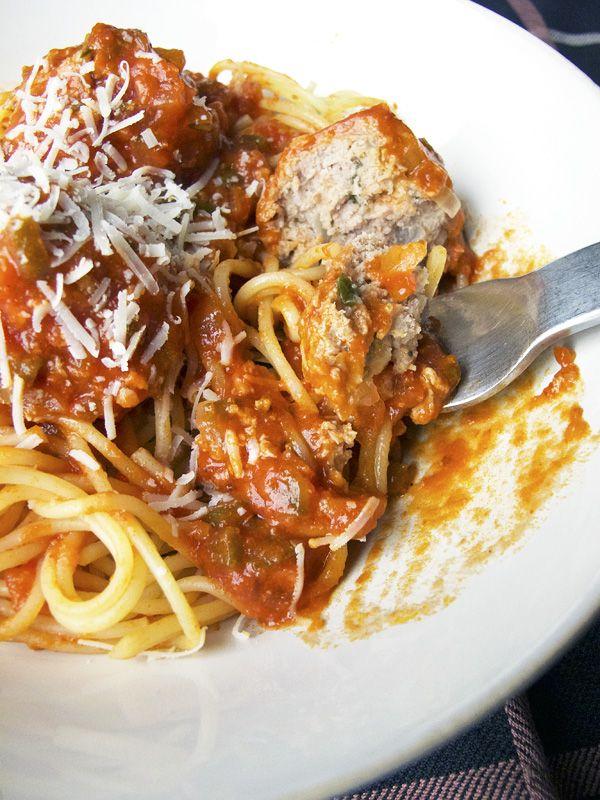 Recipe: Spaghetti with turkey meatballs (fresh herbs and parmesan ...