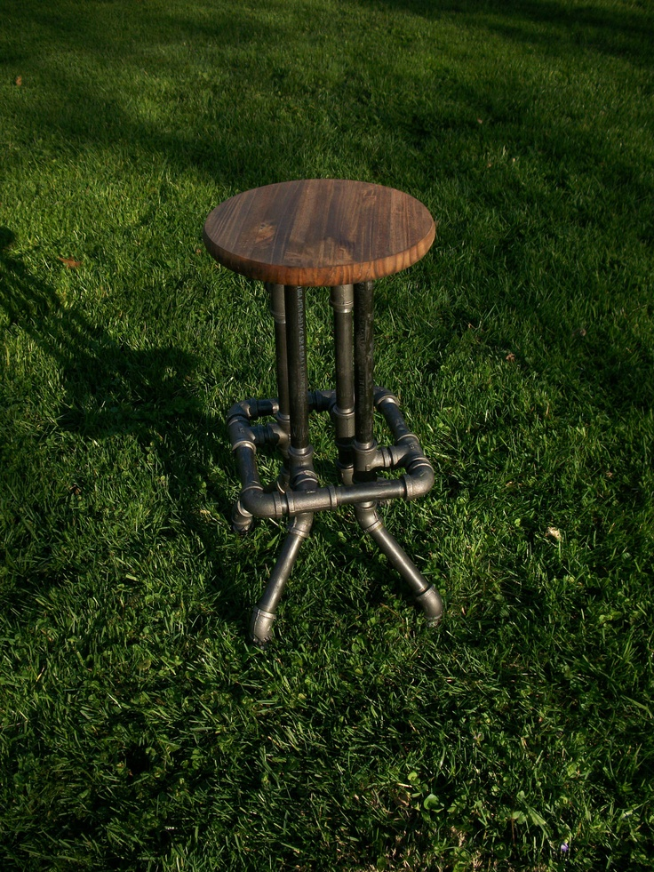 Industrial Bar Stool with Round Top : b47a4ded890f6b408ac76de5a8b50833 from pinterest.com size 736 x 981 jpeg 453kB