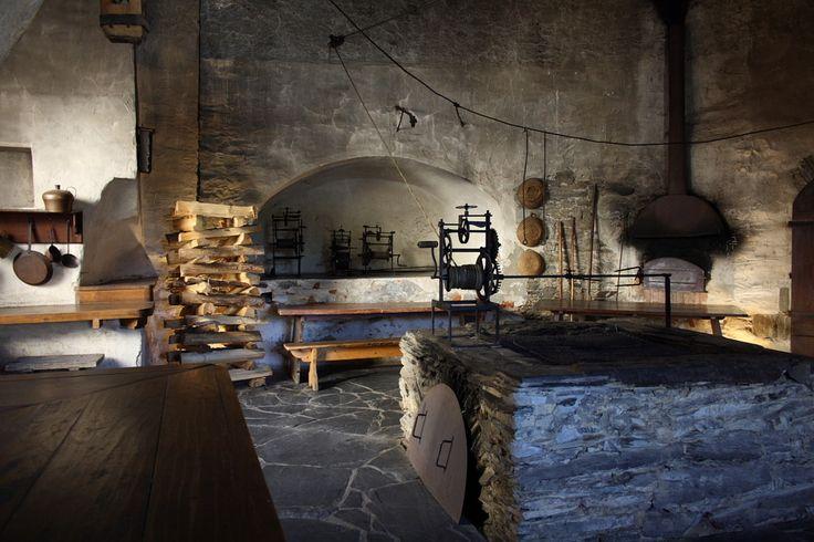 Mittelalterliche Küche... | FUNDAMENTAL / ANCIENT / NOMAD ...