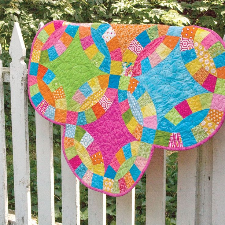 Quilting Designs For Wedding Ring Quilts : GO! Double Wedding Ring Quilt Pattern quilts Pinterest