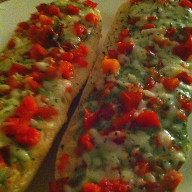 Tomato pesto baguette | deliciousness | Pinterest