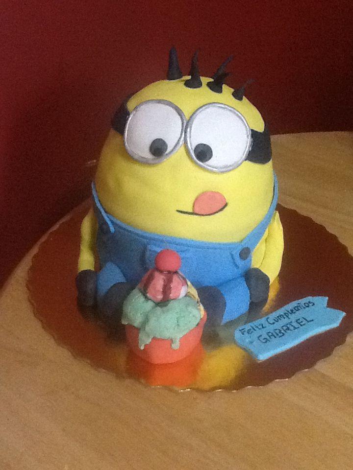 Minion cake despicable me Kevin  Pastel infantil  Pinterest