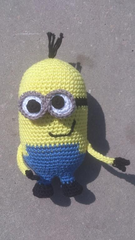 Amigurumi Free Patterns Minions : Minion amigurumi pattern on Craftsy.com