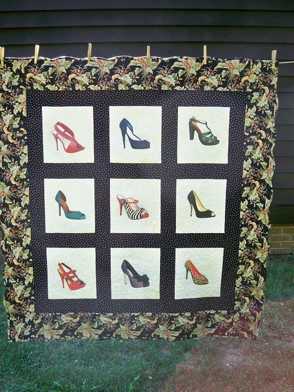 Painted Shoe Quilt - quilts and shoes! All the way win!