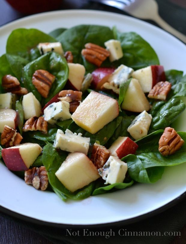 Blue Cheese, Apple & Pecan Salad with Pomegranate Vinaigrette I love ...