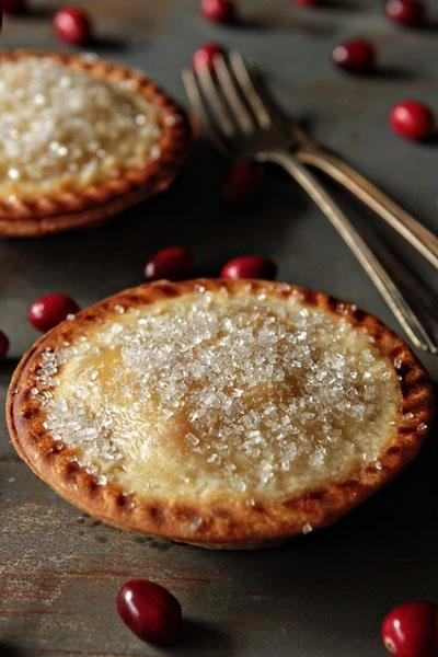 Pear cranberry pies- perfect for the holidays! #recipe #food #pies