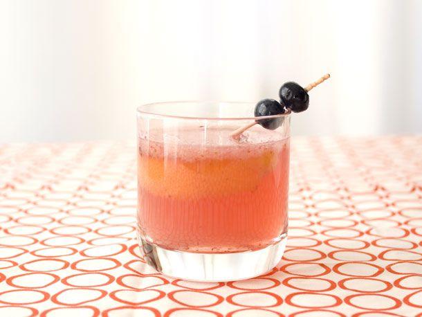 Drinking in Season: Blueberries + Bourbon | Recipe