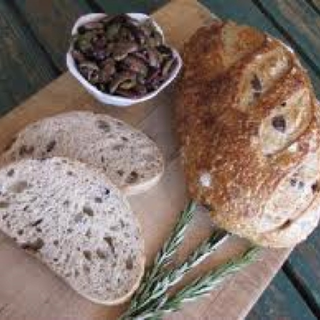 Kalamata olive bread | Yummies | Pinterest