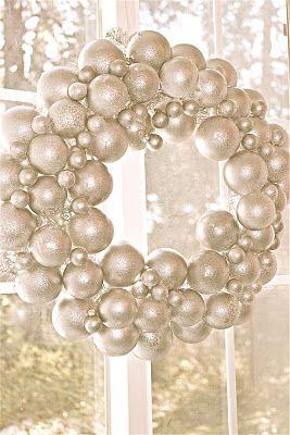 Metallic pearl wreath