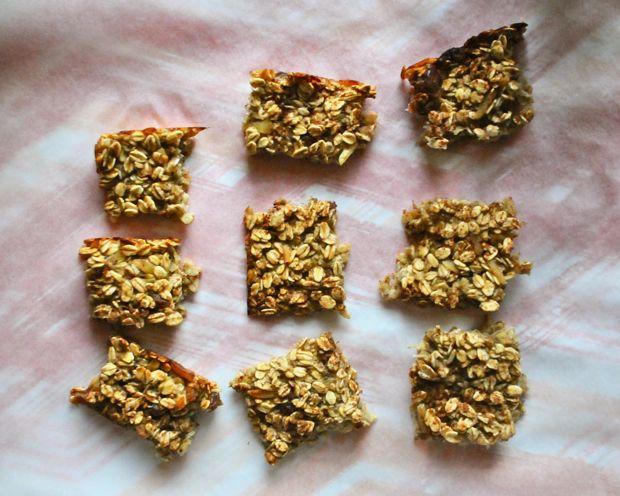 Healthy Recipe: 4-Ingredient Granola Bar | Healthy Recipes ...