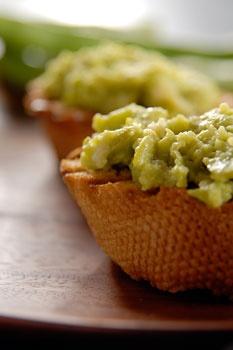 fava bean bruschetta! | vegan recipes i love online | Pinterest
