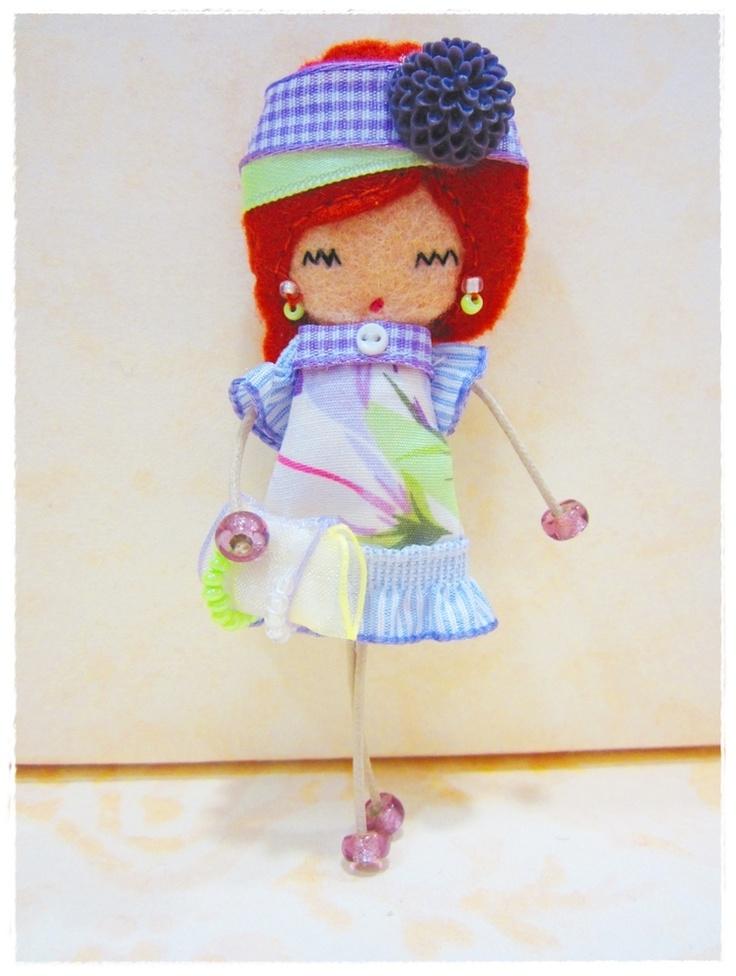 Войлок Брошь кукла.