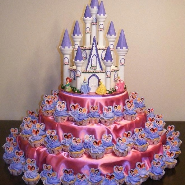 Princess cake and cupcakes Castle Cakes Pinterest