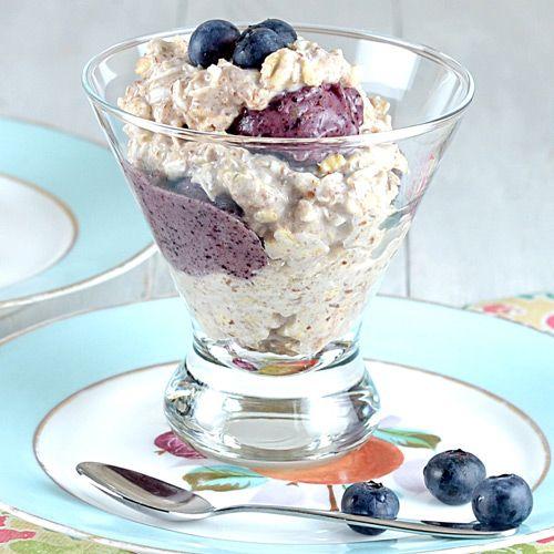 ... Blueberry Banana Oatmeal Sundaes #cleaneating #recipes #blueberries