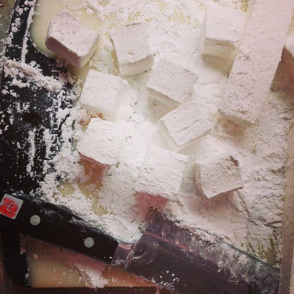 homemade vanilla marshmallows | the merry gourmet