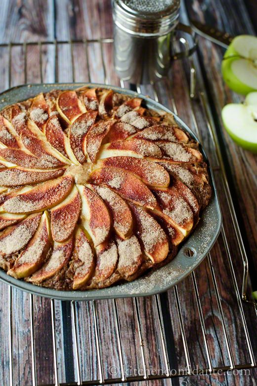 fb/ kitchen confidante apple spice cake -- im so making this tommarrow