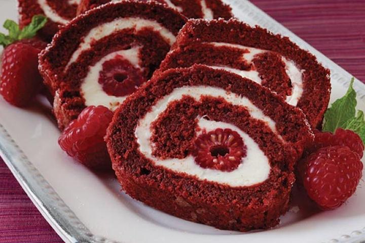 Red Velvet Cake Roll! | Favorite Recipes - Sweet | Pinterest