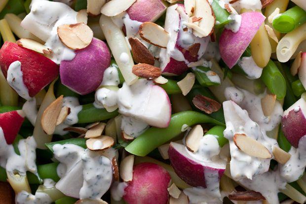 Tarragon–Crème Fraîche Salad Dressing | eat me: salads & soups ...