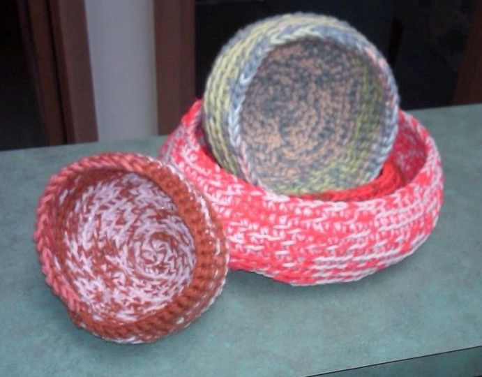 crochet birds nest Birds & Cages (but no birds in cages ...