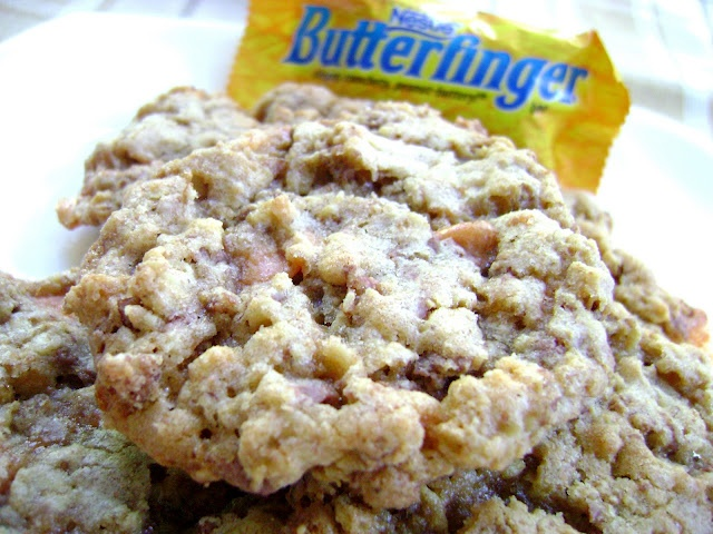 Crispy Butterfinger Cookies | Foods I'd like to try out! | Pinterest